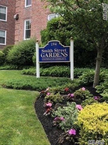 194 Smith St 2P, Freeport, NY 11520 (MLS #3041123) :: Netter Real Estate