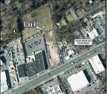 1711 E Jericho Tpke, Huntington, NY 11743 (MLS #3041175) :: The Lenard Team