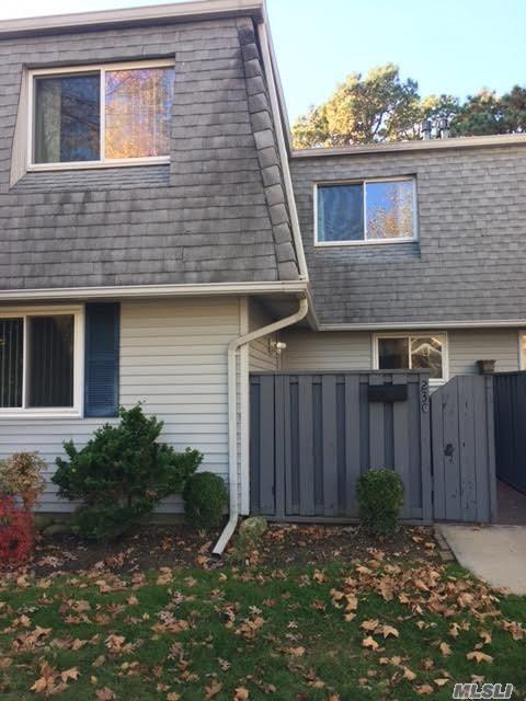 230 Feller Dr, Central Islip, NY 11722 (MLS #3045260) :: Netter Real Estate