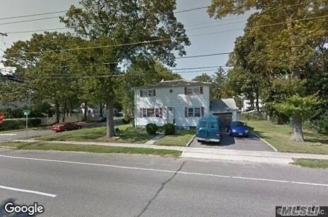 1306 Herzel Blvd, W. Babylon, NY 11704 (MLS #3046000) :: Netter Real Estate