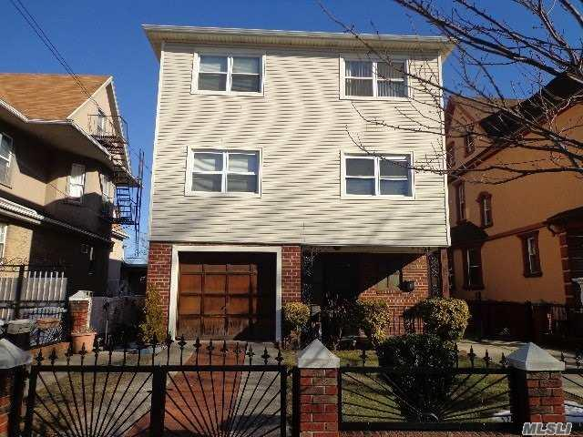91-31 118 St, Richmond Hill, NY 11418 (MLS #3046175) :: The Lenard Team