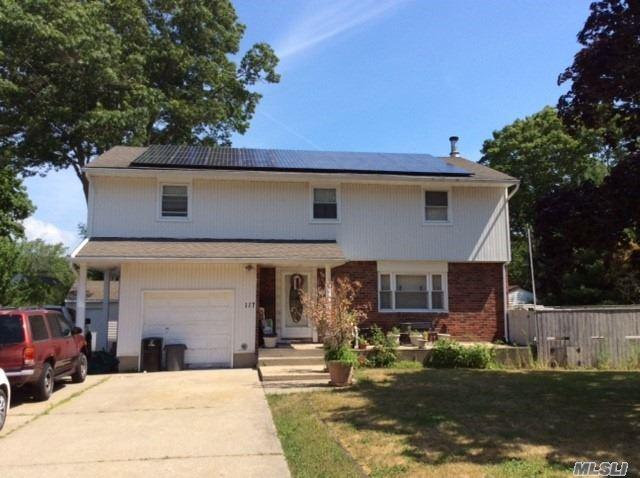 117 Fawn Dr, East Islip, NY 11730 (MLS #3046246) :: Netter Real Estate
