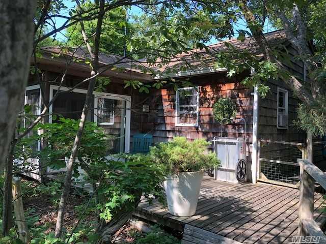 43 Lone Hill Walk, Fire Island Pine, NY 11782 (MLS #3046278) :: The Lenard Team