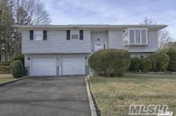 620 Empire Ave, W. Babylon, NY 11704 (MLS #3047381) :: Netter Real Estate