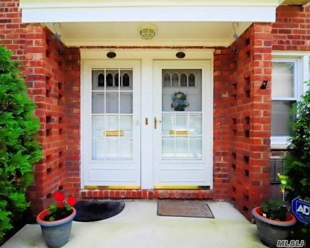 1600 Grand Ave U4, Baldwin, NY 11510 (MLS #3047481) :: Netter Real Estate