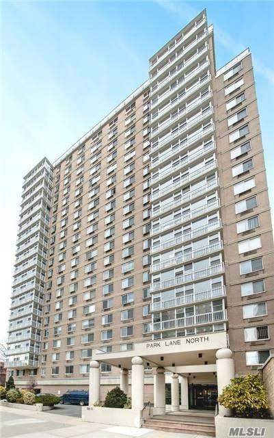 118-17 Union Turnpike 10A, Forest Hills, NY 11375 (MLS #3048419) :: Netter Real Estate