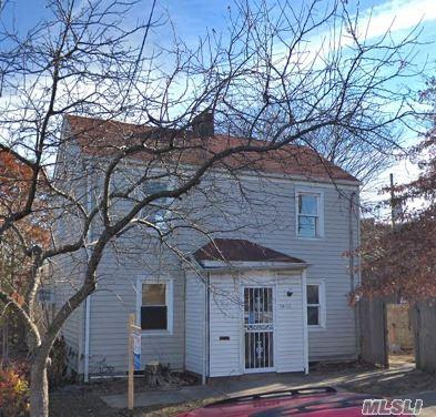 14-11 152nd St, Whitestone, NY 11357 (MLS #3048987) :: Shares of New York