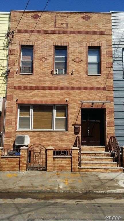20-17 Greene Ave, Flushing, NY 11385 (MLS #3049098) :: Netter Real Estate