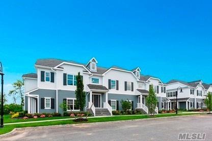 16 Village Green Dr, Southampton, NY 11968 (MLS #3050405) :: The Lenard Team