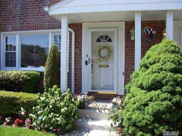 281 Wheeler Ave #18, Valley Stream, NY 11580 (MLS #3050805) :: Netter Real Estate