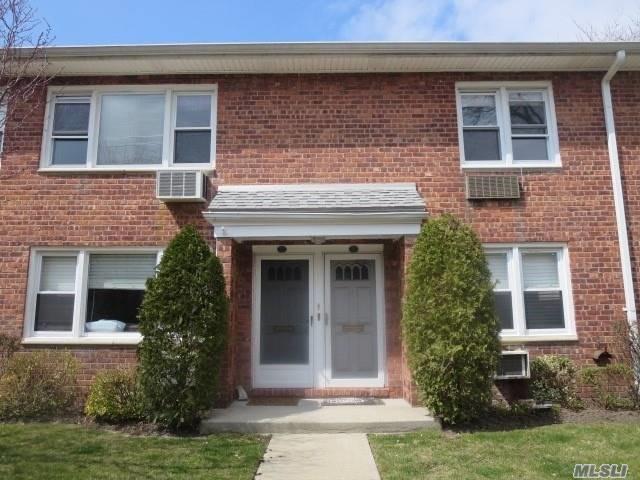 1600 Grand Ave R3, Baldwin, NY 11510 (MLS #3056207) :: Netter Real Estate
