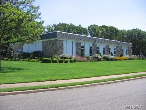 178 B Ventry Ct 55+, Ridge, NY 11961 (MLS #3056973) :: Netter Real Estate