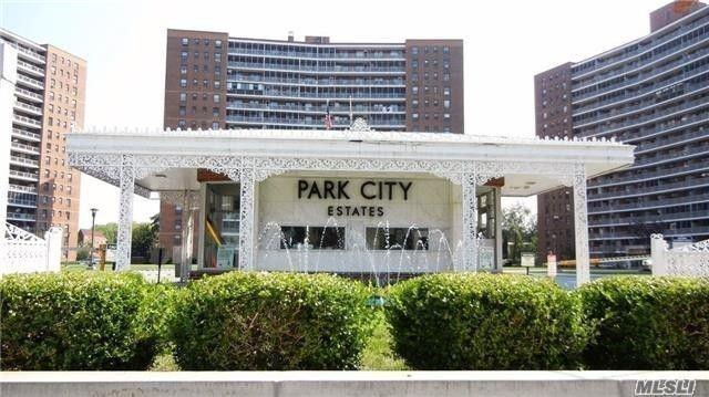 61-25 98 St 4K, Rego Park, NY 11374 (MLS #3057027) :: Netter Real Estate