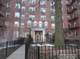 88-10 34 Ave #1, Jackson Heights, NY 11372 (MLS #3057221) :: Netter Real Estate