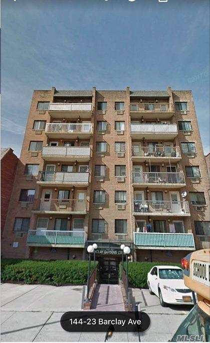 144-23 Barclay Ave 2A, Flushing, NY 11355 (MLS #3058056) :: Keller Williams Points North