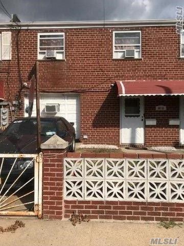 149-53 127th St, S. Ozone Park, NY 11420 (MLS #3061393) :: Netter Real Estate