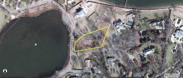 235 Kings Point Rd, Great Neck, NY 11024 (MLS #3062210) :: Keller Williams Points North