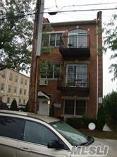 713 E 86th St, Brooklyn, NY 11236 (MLS #3064325) :: The Lenard Team