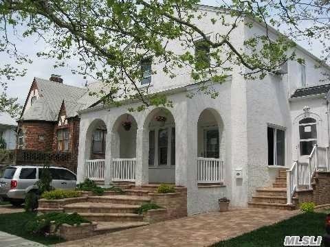 325 E Olive St, Long Beach, NY 11561 (MLS #3064514) :: Netter Real Estate