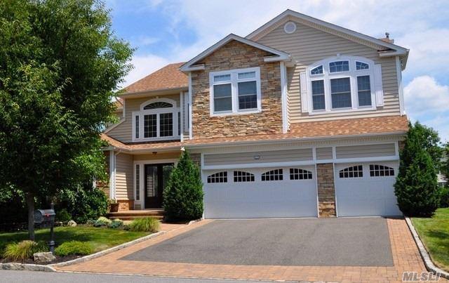 17 Pond View, St. James, NY 11780 (MLS #3065147) :: Netter Real Estate