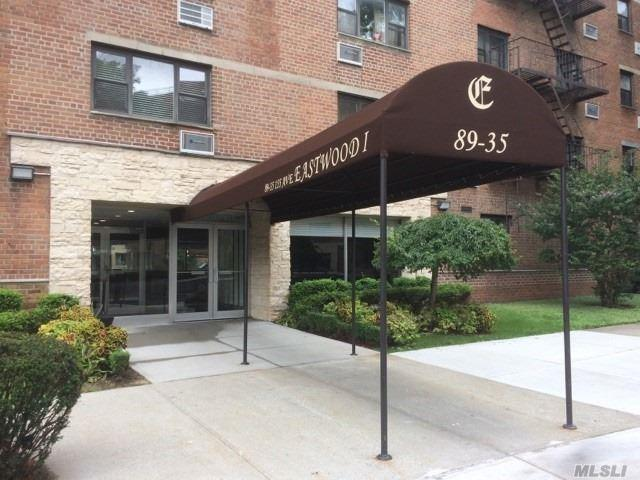 89-35 155th Ave 3L, Howard Beach, NY 11414 (MLS #3065331) :: Netter Real Estate