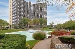 One Bay Club Dr 4A, Bayside, NY 11360 (MLS #3066098) :: Shares of New York