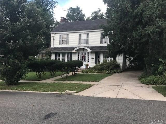 154-57 9 Ave, Beechhurst, NY 11357 (MLS #3070508) :: Shares of New York