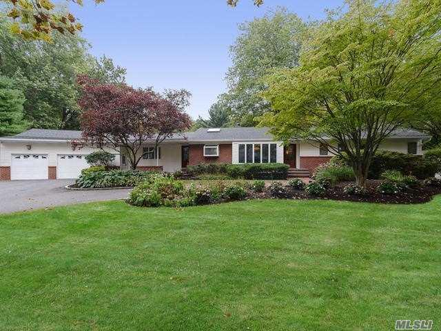 10 Snowball Dr, Cold Spring Hrbr, NY 11724 (MLS #3071768) :: Signature Premier Properties