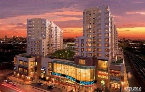 40-28 College Point Blvd #1001, Flushing, NY 11354 (MLS #3072700) :: Shares of New York