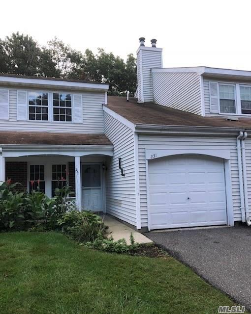 231 Ivy Meadow Ct, Middle Island, NY 11953 (MLS #3073877) :: Keller Williams Points North