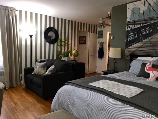 84-50 169th St #618, Jamaica Estates, NY 11432 (MLS #3075577) :: Netter Real Estate