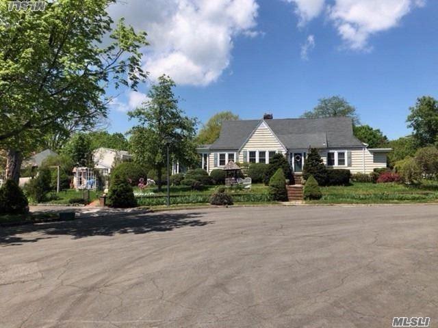 E. Northport, NY 11731 :: Netter Real Estate