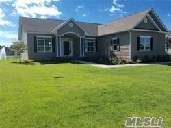 23 Stargazer Dr, Eastport, NY 11941 (MLS #3079158) :: Netter Real Estate