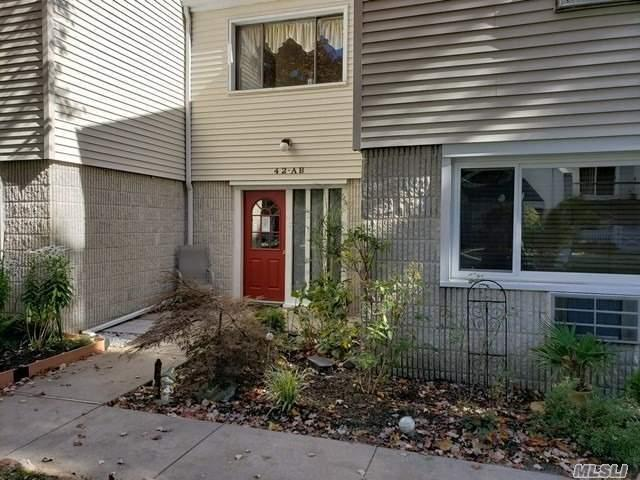 42 Richmond Blvd 1B, Ronkonkoma, NY 11779 (MLS #3080399) :: Keller Williams Points North
