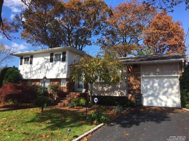 9 Evans Ave, Farmingdale, NY 11735 (MLS #3080412) :: The Lenard Team
