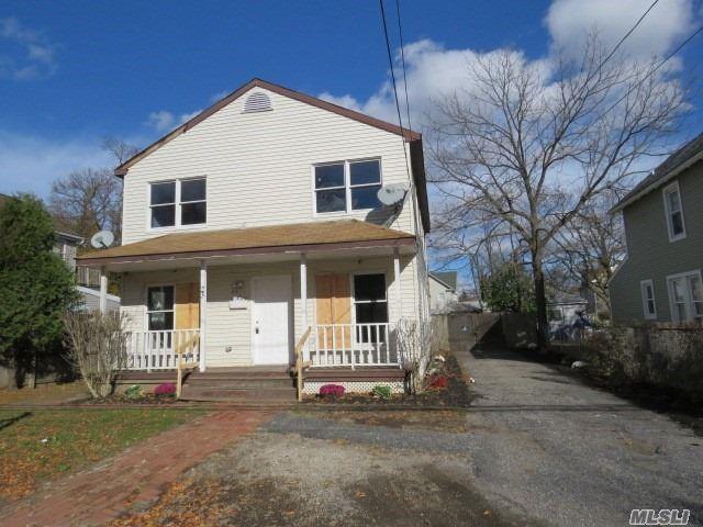 23 2nd Ave, Bay Shore, NY 11706 (MLS #3081841) :: Netter Real Estate