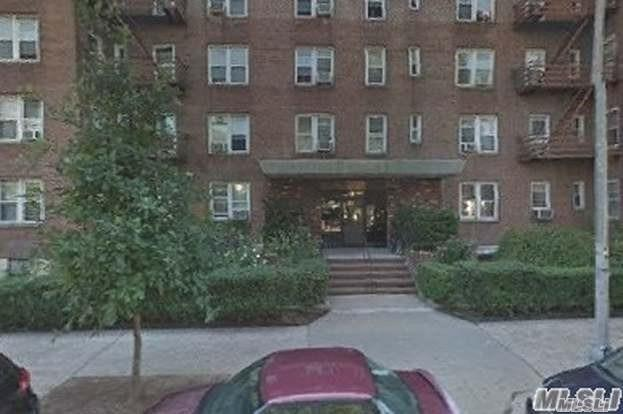 42-40 Bowne St #5, Flushing, NY 11355 (MLS #3083285) :: Shares of New York