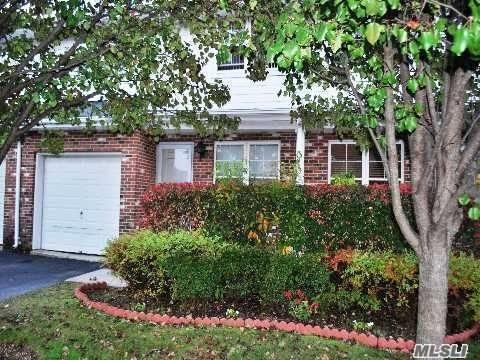 15 Springfield Cir, Central Islip, NY 11722 (MLS #3085900) :: The Lenard Team