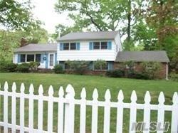 10 Connelly Rd, Huntington, NY 11743 (MLS #3086223) :: Signature Premier Properties