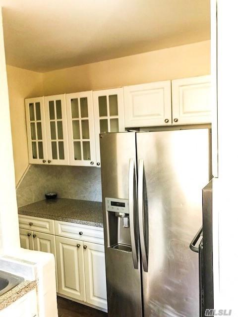 61-15 97 St, Rego Park, NY 11374 (MLS #3087191) :: Netter Real Estate