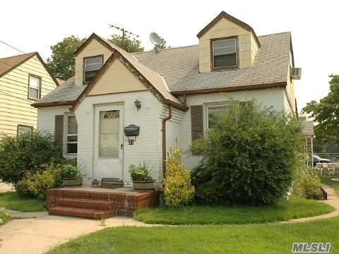 Elmont, NY 11003 :: Netter Real Estate