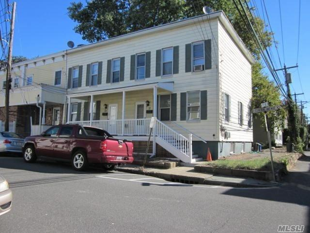 69 Central Ave, Sea Cliff, NY 11579 (MLS #3087761) :: Keller Williams Points North