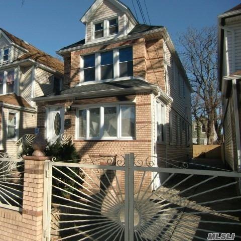 115-21 148th St, Jamaica, NY 11436 (MLS #3087915) :: Netter Real Estate