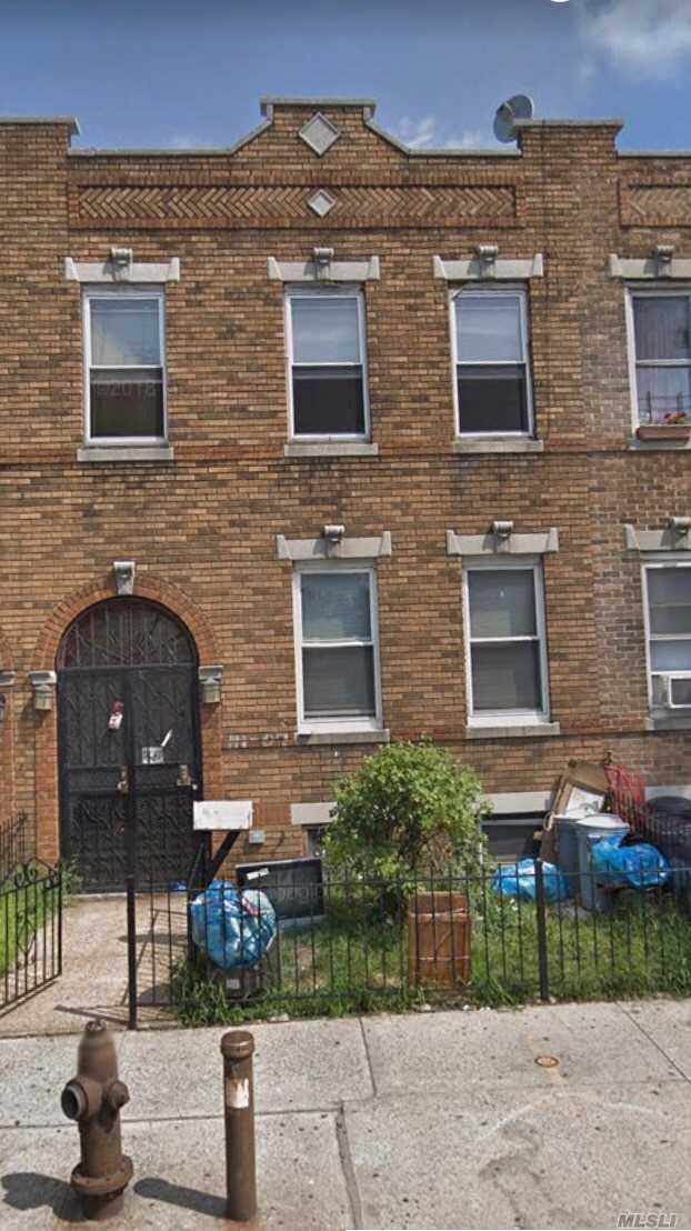 111-07 Northern Blvd, Corona, NY 11368 (MLS #3087948) :: Signature Premier Properties