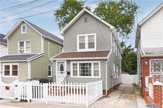 99-21 215 St, Queens Village, NY 11429 (MLS #3088108) :: HergGroup New York