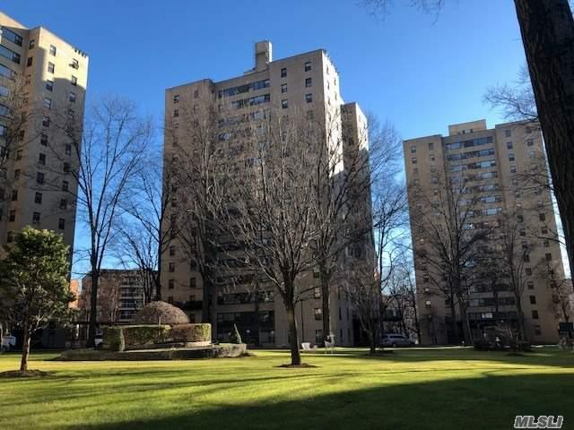 9 Fordham Hill Ova 17F, Out Of Area Town, NY 10468 (MLS #3090466) :: Shares of New York