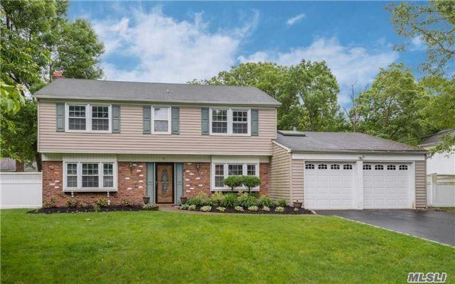 5 Stockton Ln, Stony Brook, NY 11790 (MLS #3091812) :: Keller Williams Points North