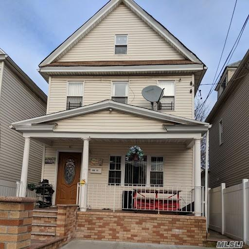 108-17 164th St, Jamaica, NY 11433 (MLS #3092717) :: Keller Williams Points North