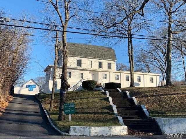55 Pond Rd, Ronkonkoma, NY 11779 (MLS #3093244) :: Keller Williams Points North