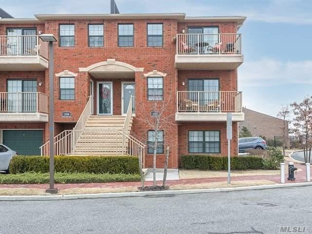 2-02 Constitution Pl B, College Point, NY 11356 (MLS #3094651) :: The Lenard Team